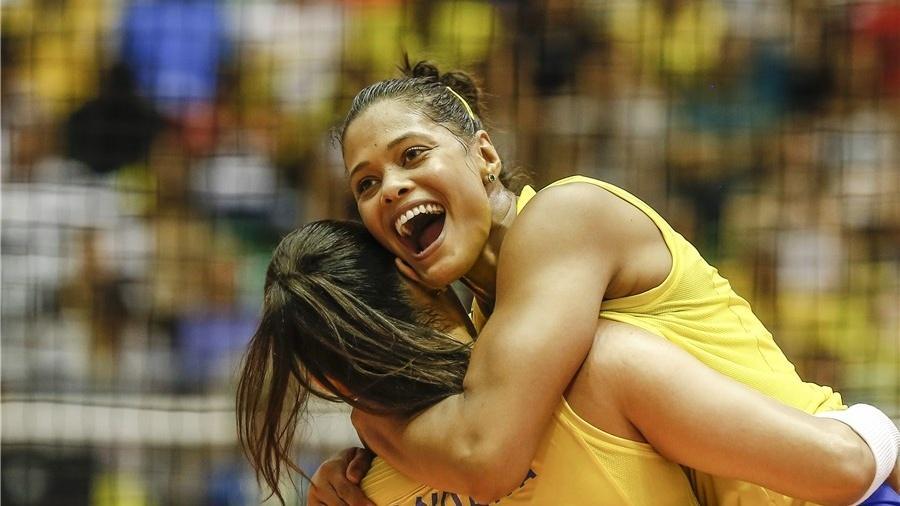 Adenízia joga na Itália e está no Brasil para se apresentar à seleção brasileira - false