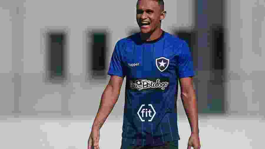 Erik defenderá o Yokohama Marinos até o fim de 2020 após deixar Botafogo -