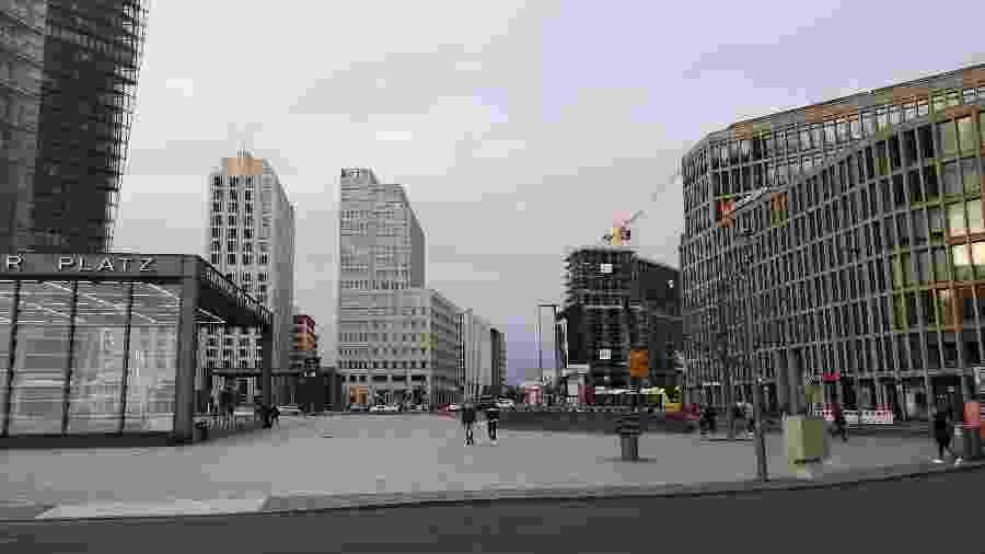 Postdamerplatz, ponto turístico e comercial de Berlim está totalmente vazia -