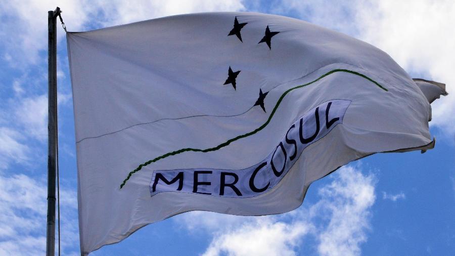 Diplomatas da UE dizem que cabe ao Brasil salvar acordo comercial do Mercosul -