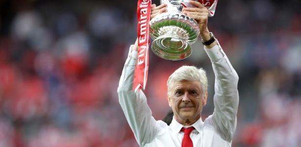 Arsène Wenger está no comando técnico do Arsenal há 22 anos