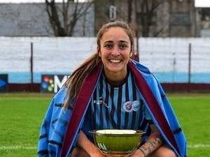 1e62224b37 Jogadora argentina processa clube e Federação por más condições de trabalho