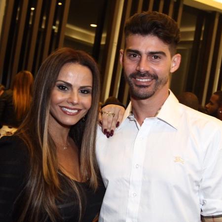 Radamés e Viviane Araújo -