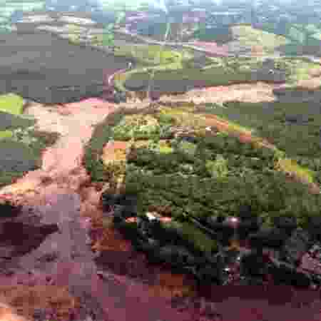 Visão geral de área de Brumadinho após desastre ambiental -