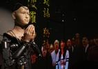 Pode isso, monges? Robô vira sacerdote budista em templo no Japão