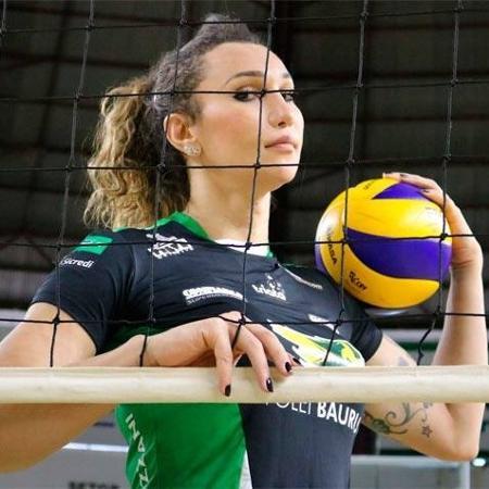 Tifanny é uma das estrelas da Superliga feminina de vôlei -