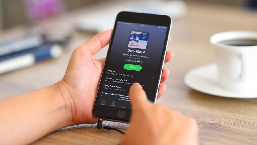 Spotify on iPhone 6 -