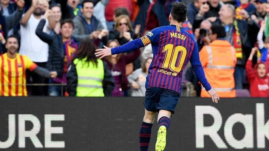 569e04f0a Mourinho diz que Messi levará Bola de Ouro