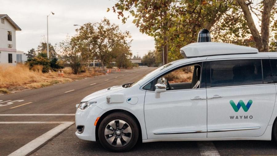Carros autônomos, como o da Waymo (empresa do Google), precisam de grande capacidade de dados para se comunicarem com alta velocidade -