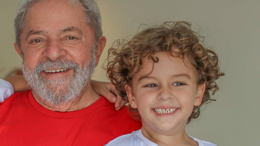 """Juíza determinou que Lula mantivesse conduta discreta e proibiu """"o uso de celulares e de outros meios de comunicação externo"""" - Ricardo Stuckert/Instituto Lula"""