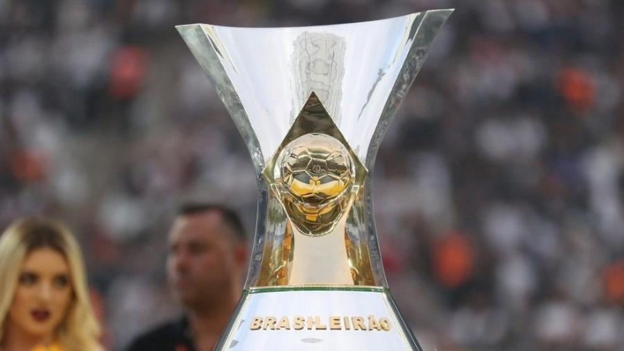 Brasileirão pode ter até 3 jogos adiados por Estaduais; entenda