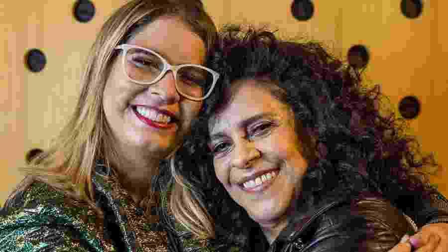 """Marília Mendonça e Gal Costa dividem os vocais em """"Cuidando de Você"""" -"""