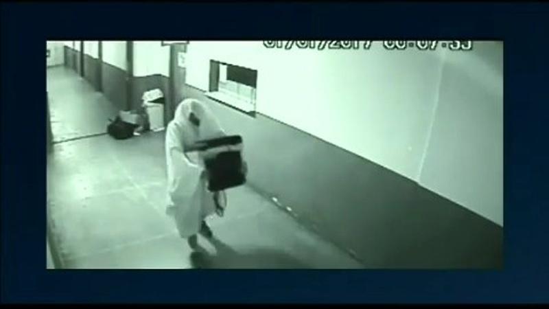 Jan.2017 - Ladrões se escondem com lençóis para roubar equipamentos na prefeitura de Nova Gama (GO)
