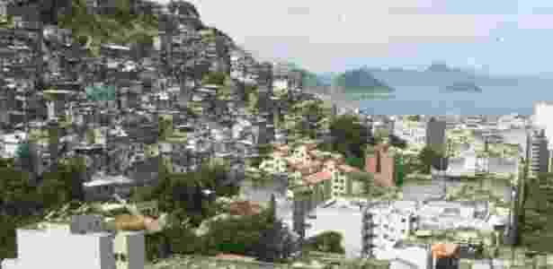 A favela Pavão Pavãozinho fica entre os bairros de Copacabana e Ipanema, na zona sul do Rio - Ana Carolina Fernandes/Folhaimagem