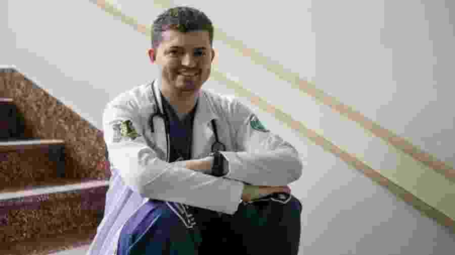 O médico Enã Rezende, de 26 anos - Estúdio Marães