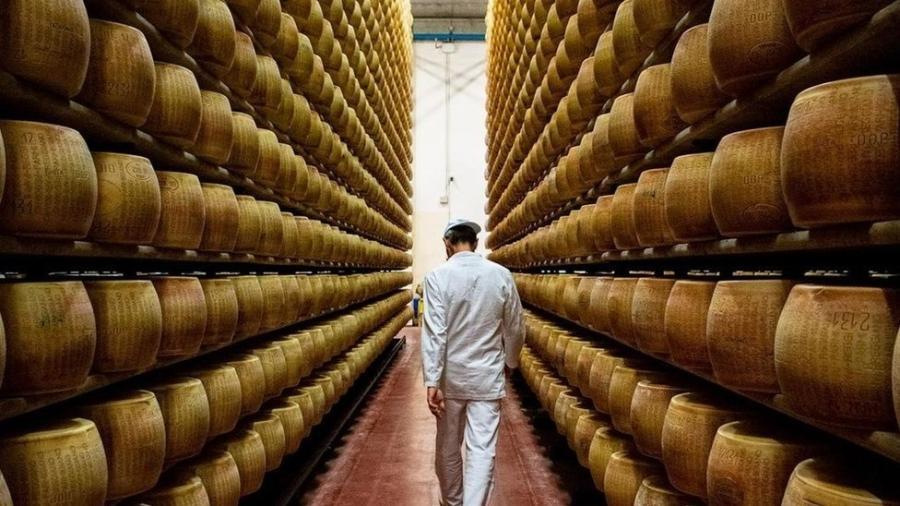 Parmigiano Reggiano é considerado por muitos cozinheiros e nutricionistas como o alimento praticamente perfeito - Amanda Ruggeri