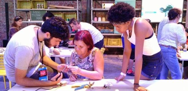 Projeto é ideia de mulheres que frequentam um espaço de criação tecnológica no Rio de Janeiro