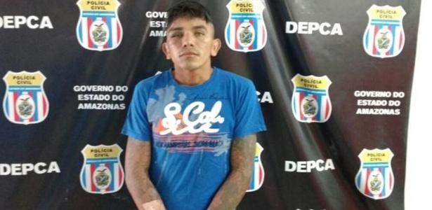 Homem de 24 anos é preso após esfaquear o filho recém-nascido até a morte