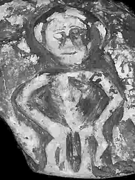 A sheela da igreja de St. Mary foi considerada obscena demais e foi entregue a um museu - Sheela na Gig Project - Sheela na Gig Project