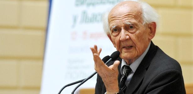 Para Zygmunt Bauman, ?vivemos em tempos líquidos. Nada foi feito para durar? - Reprodção/Wikipedia