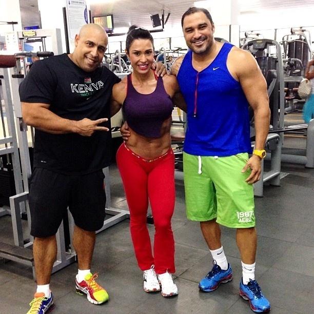 22.jun.2013 - Nem a chegada do inverno fez Gracyanne Barbosa diminuir o ritmo de treinos. A bela publicou fotos em seu Instagram de uma sessão de exercícios com a hashtag #treinoanimal