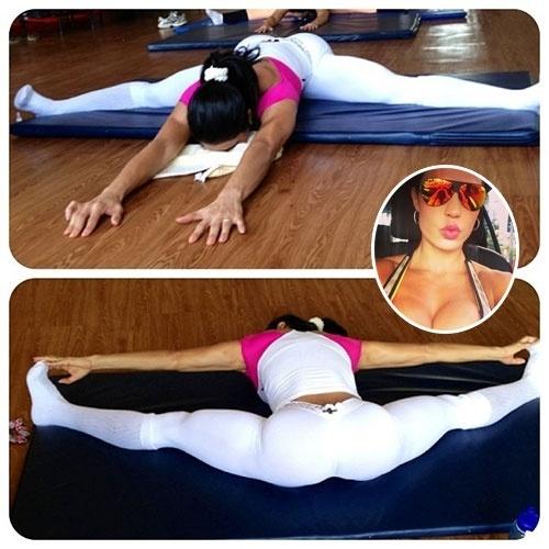 22.jul.2013 - Gracyanne Barbosa mostrou toda a sua flexibilidade ao postar uma imagem fazendo alongamento.