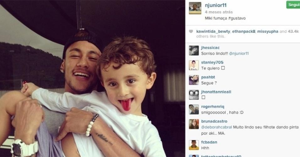 Neymar e a tatuagem para sua mãe chamada Nadine