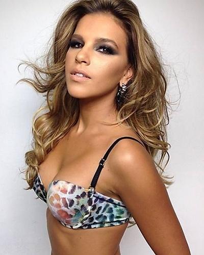 5.mai.2014 - De visual novo, Mariana Rios posa para campanha de lingerie. Recentemente, a atriz atuou na novela