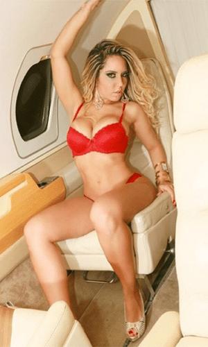 11.ago.2014 - Mulher Melão arranca suspiros dos fãs com fotos ousadas na web. A funkeira já tem mais de 116 mil seguidores no Instagram