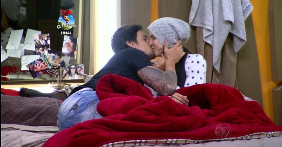 10.dez.2014 - Romances ganham destaque na edição do programa final