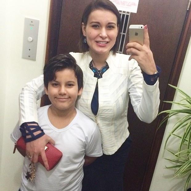 9.mai.2015 - Andressa Urach mostra cada dia mais que realmente está renovada. Desta vez, ela contou, por meio de seu Instagram, que vai assistir à apresentação do Dia das Mães, feita pelo filho Arthur, de 9 anos, pela primeira vez.