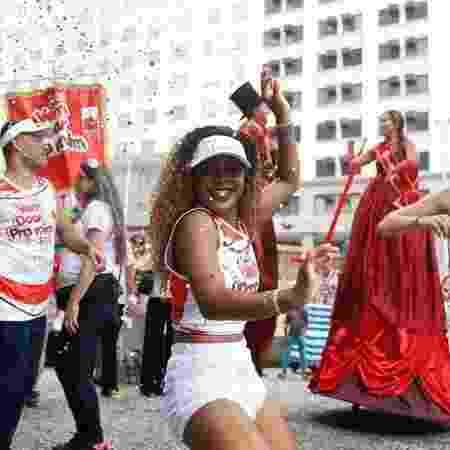 Passistas, pernas de pau e ritmistas ajudam o bloco a convocar mais doadores de sangue - Arquivo/Agência Brasil - Arquivo/Agência Brasil