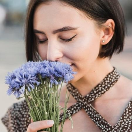 Alterações do sentido do olfato são uma das consequências mais comuns da covid-19 - Freepik
