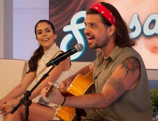 """Marcus Menna é entrevistado no programa """"Sensacional"""", da RedeTV!"""