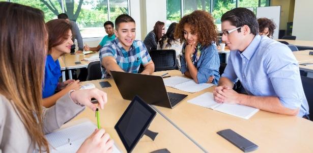 O conteúdo produzido por estudantes poderá ser acessado no BOL por computador, tablet ou celular