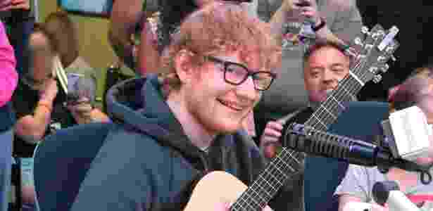 "Ed Sheeran surpreende pacientes em hospital infantil nos EUA  - Boston Children""s Hospital"