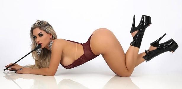 Iara Ferreira sensualiza em foto no Instagram
