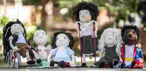 """A linha """"Amigos da Inclusão"""" traz bonecos de varias etnias e que retratam algum tipo deficiência - Reprodução/Facebook"""