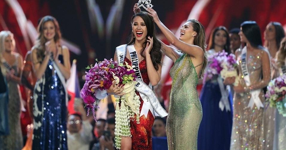 Filipina de 24 anos, Catriona Gray é eleita Miss Universo 2018