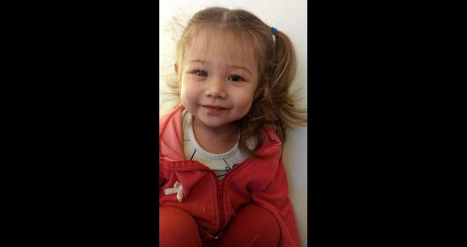 """""""Essa princesa mais linda!"""", escreveu a mamãe Débora de Sousa Rocha, de Votorantim (SP), sobre a filha Heloísa Rocha Castellar"""
