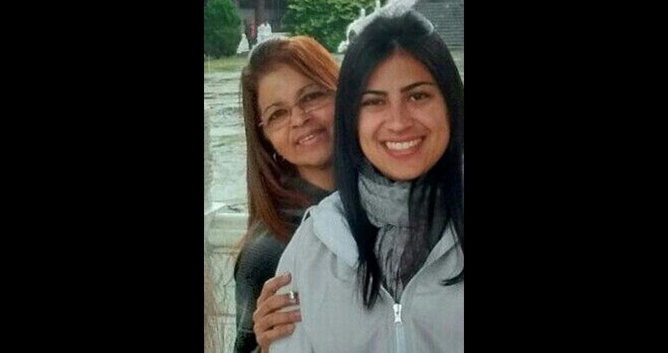 """Pamela com a mamãe Silvana, de Guarulhos (SP): """"Deslumbrante por fora, maravilhosa por dentro. Amor único!"""""""