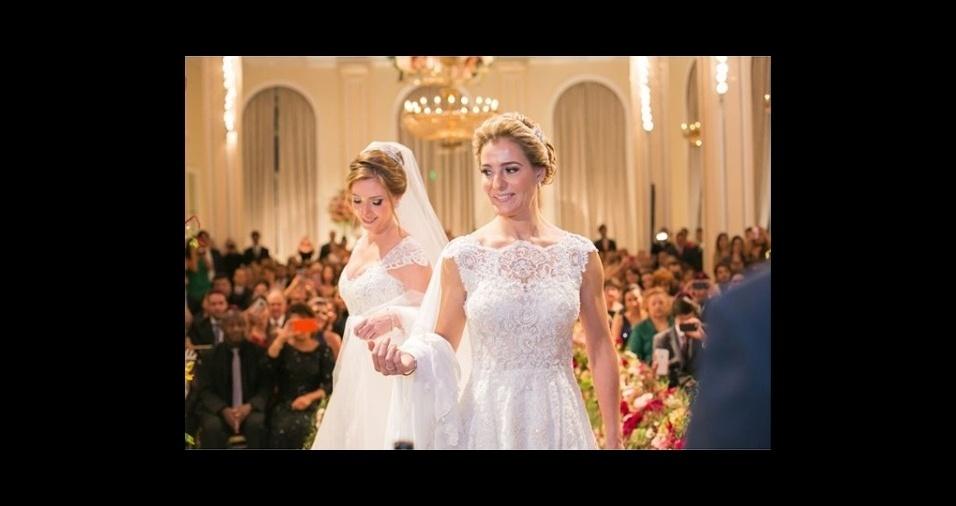 O casamento homoafetivo foi regulamentado no Brasil em 2013 pelo Conselho Nacional de Justiça (CNJ). A legislação obriga os cartórios de todo o país a celebrar o casamento civil e converter a união estável homoafetiva em casamento