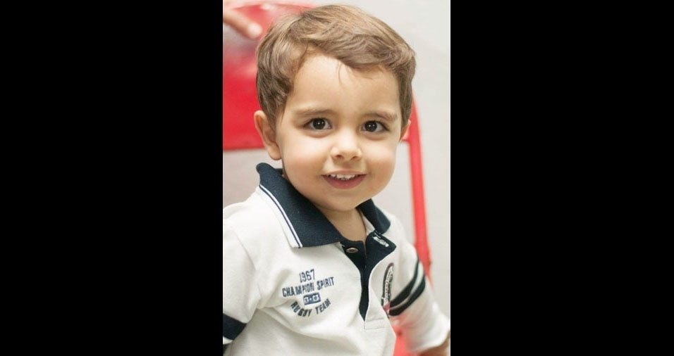 Maurício Silveira Acorinti é o filho da Ludmila Andrade Silveira Acorinti, de  Passos (MG)