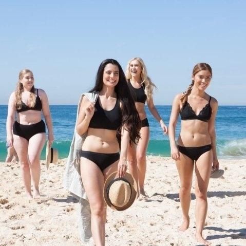 4.ago.2016 - Mulheres reais exibem sua beleza natural em ensaio para a marca australiana Modibodi