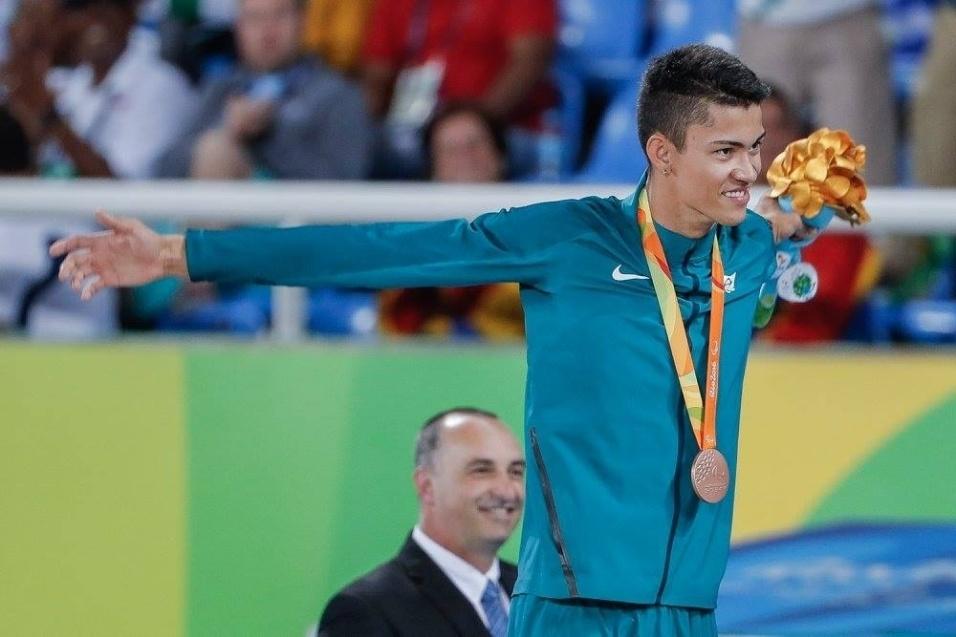10.set.2016 - Rodrigo Parreira da Silva conquistou o bronze nos 100 metros rasos T36 do atletismo