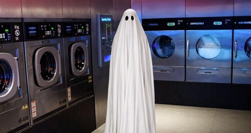 16. Tomar banho é essencial ou vocês acham que manter esse tom fantasmagórico é para qualquer um?