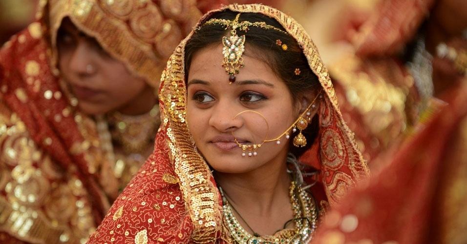 19. Donas de casa indianas concentram 11% de todo o ouro do mundo. Isso é mais do que as reservas dos Estados Unidos, Suíça, Alemanha e FMI juntos