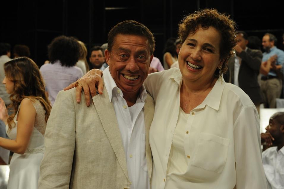 27.nov.2014 - Claudia Jimenez e Paulo Silvino na festa de fim de ano da Globo