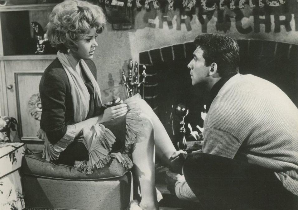 """1962 - A atriz Jane Fonda na comédia """"Contramarcha Nupcial"""". No papel de Isabel Haverstick, Fonda foi indicada pela primeira vez ao Globo de Ouro, na categoria de melhor atriz de musical ou comédia"""