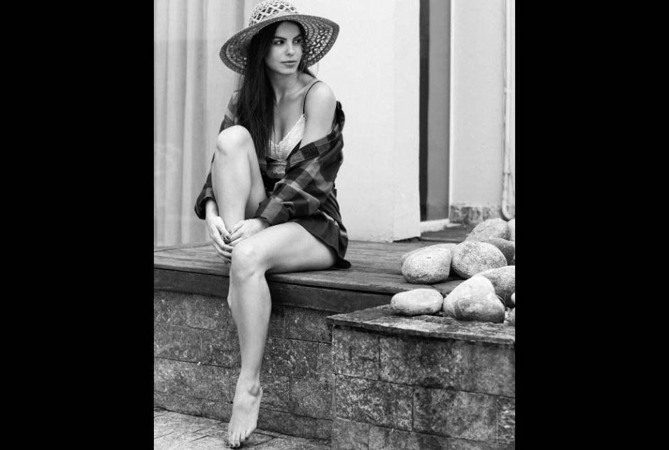 """28.out.2016 - A atriz Sthefany Brito em foto do projeto """"Essa Minha Mulher"""""""